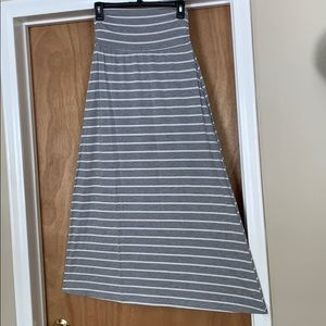 Black and white stripped maxi skirt